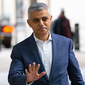برطانیہ میں سائنس و ٹیکنالوجی کے شعبوں میں سفید فام کی اجارہ داری: لندن کے ناظم اعلیٰ صادق خان کا دیگر کو بھی سہولت دینے کی پالیسی کا اعلان
