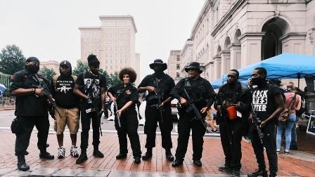 نسلی تعصب اور نظام میں خرابی: امریکہ میں آئندہ 5 برسوں میں مسلح شورش شروع ہو سکتی ہے، تحقیق