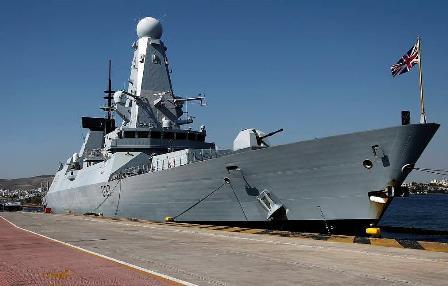 بحیرہ اسود میں عسکری سرگرمیاں و کشیدگی: امریکی جہاز کے گشت کا منصوبہ تَرک، برطانوی جہاز روانہ، روسی جنگی مشق کا منصوبہ برقرار