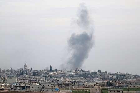 روسی فضائیہ کا شام میں عسکری کیمپ پر حملہ: 200 دہشت گرد اور بھاری اسلحہ تباہ کرنے کا دعویٰ