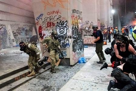 امریکہ: ایک اور سیاہ فام کی پولیس افسر کے ہاتھوں موت، پورٹ لینڈ میں پرتشدد مظاہرے شروع
